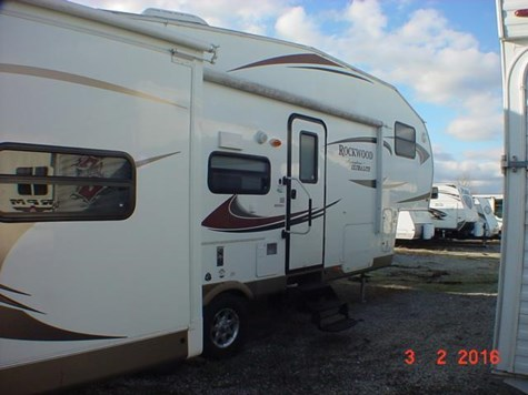 Used 2012 Forest River Rockwood Signature Ultra Lite 8281SS For Sale by Louisville RV Center available in Louisville, Kentucky