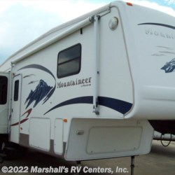 2006 Keystone Montana Mountaineer 32 FW  - Fifth Wheel Used  in Kemp TX For Sale by Marshall's RV Centers, Inc. call 800-232-5885 today for more info.