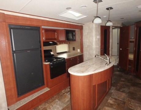 Beautiful 84671  2016 Winnebago Ultralite 30RESS For Sale In Fort