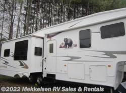 Used 2008  Forest River Cedar Creek Silverback 30 RLS by Forest River from Mekkelsen RV Sales & Rentals in East Montpelier, VT