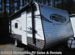 Used 2017  Forest River Salem Cruise Lite 195BH by Forest River from Mekkelsen RV Sales & Rentals in East Montpelier, VT