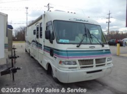 Used 1994  Fleetwood Southwind 33L CHEVY P30 CHASSIS by Fleetwood from Art's RV Sales & Service in Glen Ellyn, IL