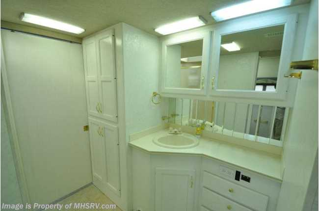 Used 1999 Country Coach Allure