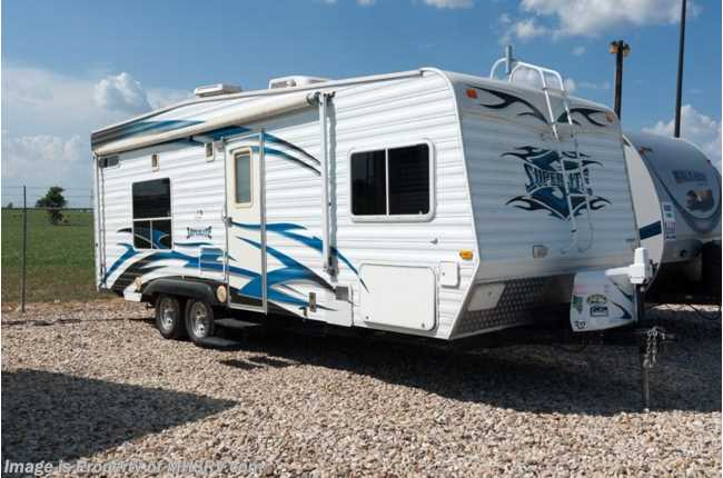 Used 2009 weekend warrior super lite for Rv height