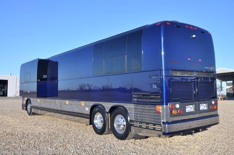2007 prevost rv xlii entertainer w slide tour bus for for Prevost motor coach sales