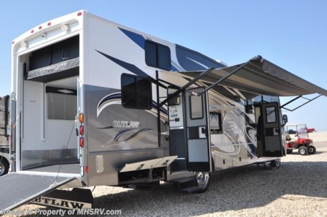 4578 2012 Thor Motor Coach Outlaw Toy Hauler Rv For