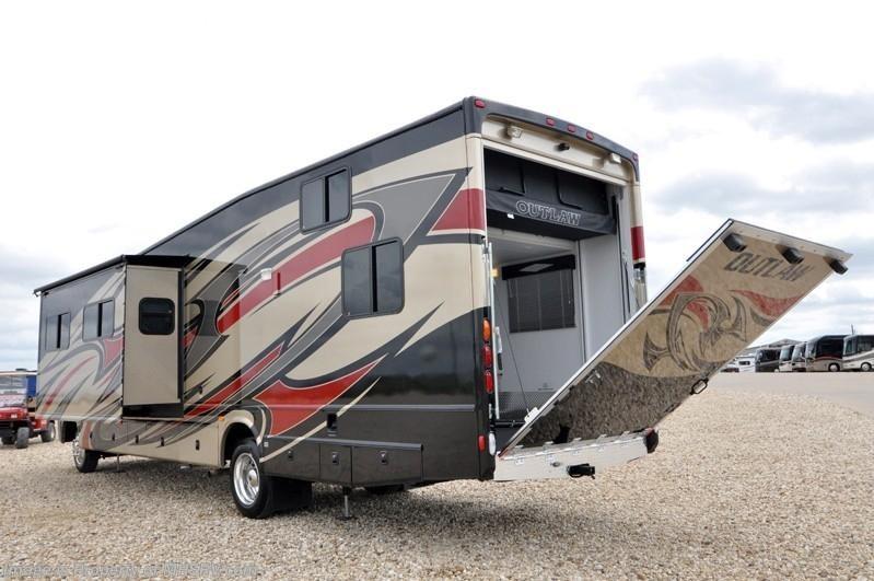 2012 thor motor coach rv outlaw luxury toy hauler rv full for Motorized toy hauler rv for sale