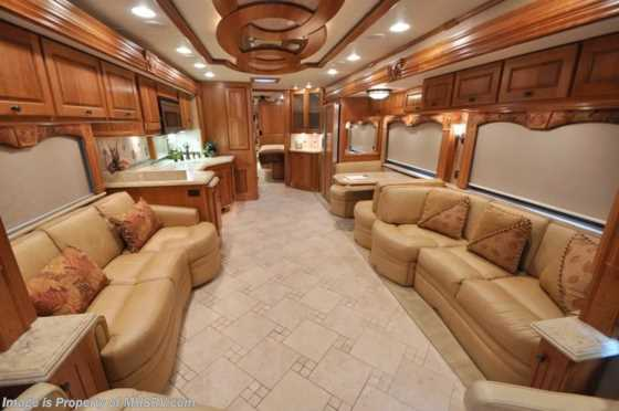 Used 2009 Monaco RV Dynasty Tag Axle Bath & 1/2 W/4 slides Floorplan