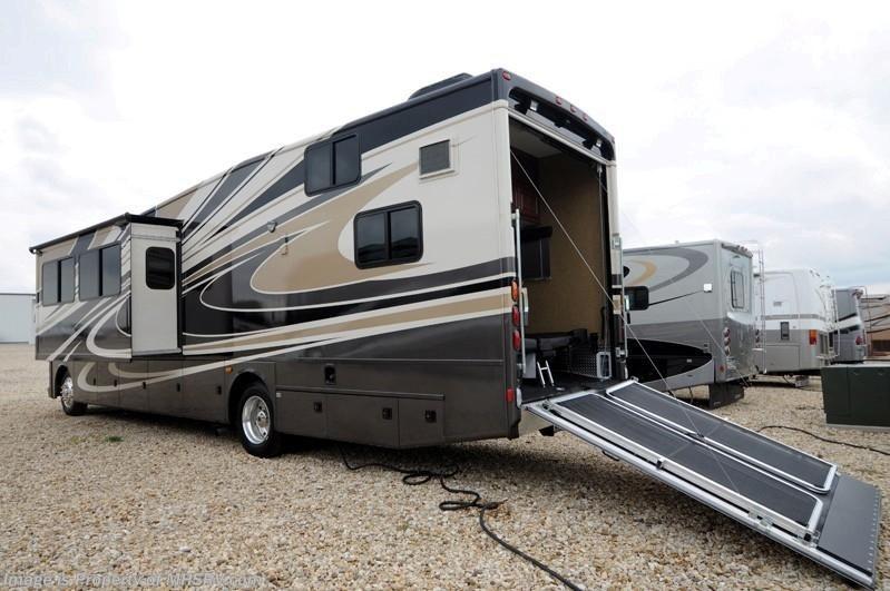 2014 Thor Motor Coach RV Outlaw (Model 37LS) W/Slide Toy ...