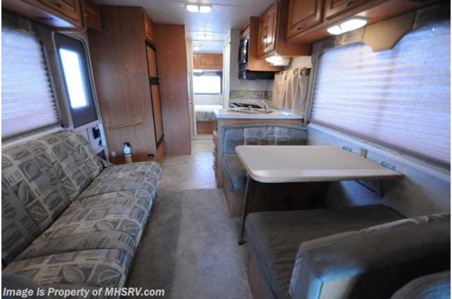 Used 2004 Four Winds International 5000