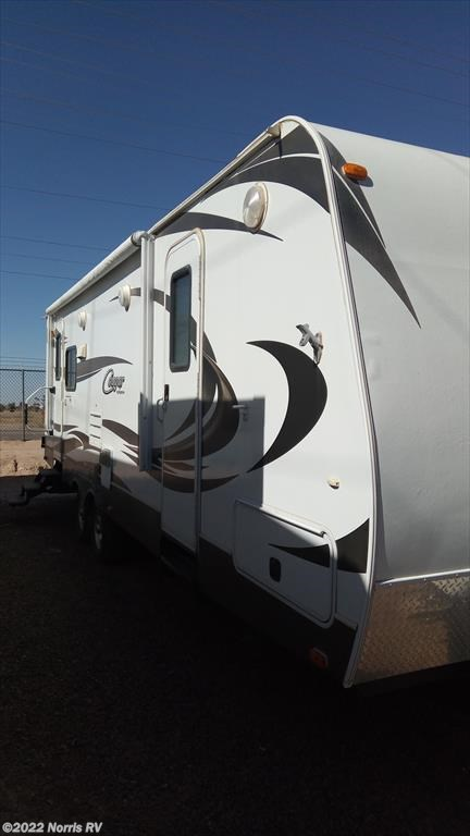 Used 2013 Keystone Cougar 27RLSWE For Sale by Norris RV available in Casa Grande, Arizona