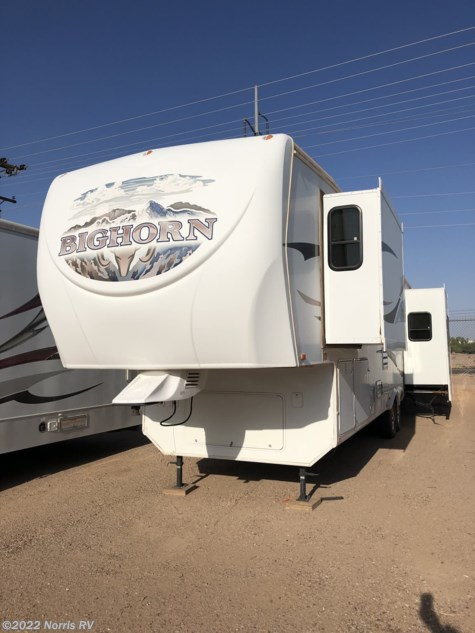 Used 2009 Heartland  Bighorn 3370RL For Sale by Norris RV available in Casa Grande, Arizona