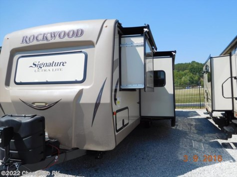 2017 Forest River Rockwood Signature Ultra Lite  8326BHS