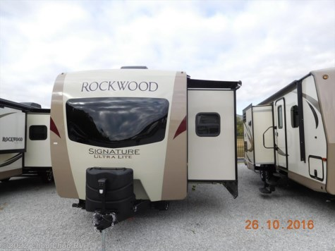 2017 Forest River Rockwood Signature Ultra Lite  8329SS