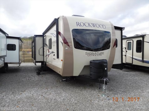 2017 Forest River Rockwood Signature Ultra Lite  8328BS