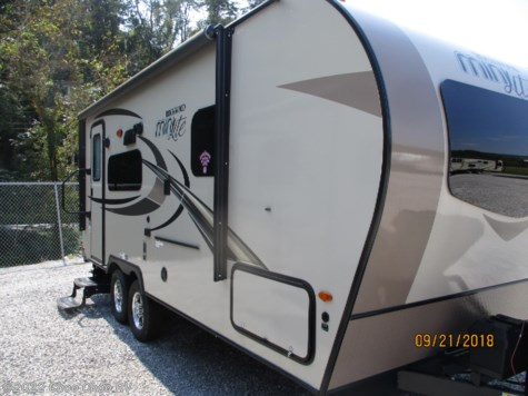 New 2018 Forest River Rockwood Mini Lite 2109S For Sale by Choo Choo RV available in Chattanooga, Tennessee