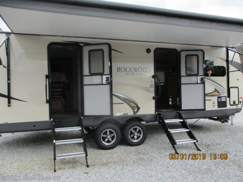 New 2019 Forest River Rockwood Ultra Lite 2608BS For Sale by Choo Choo RV available in Chattanooga, Tennessee