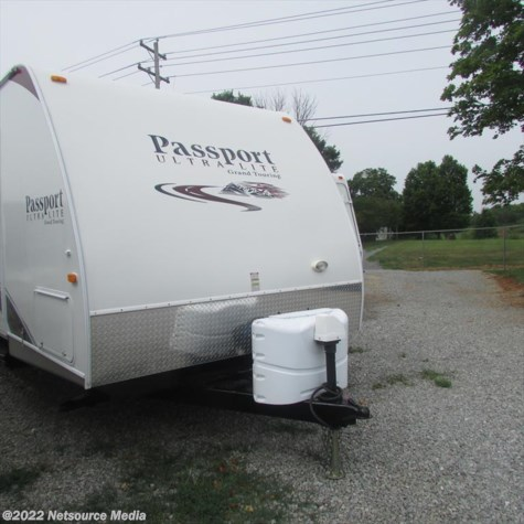 2011 Keystone Passport Ultra Lite Grand Touring  2850 RL