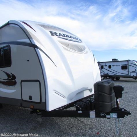 2016 Cruiser RV Radiance  28BHIK