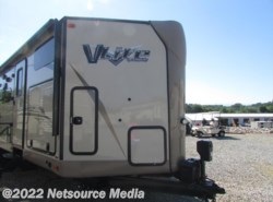 New 2017  Forest River Flagstaff V-Lite 30WTBSK by Forest River from Northgate RV Center in Alcoa, TN