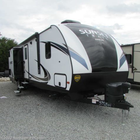 New 2019 CrossRoads Sunset Trail Super Lite 331BH For Sale by Northgate RV Center available in Louisville, Tennessee