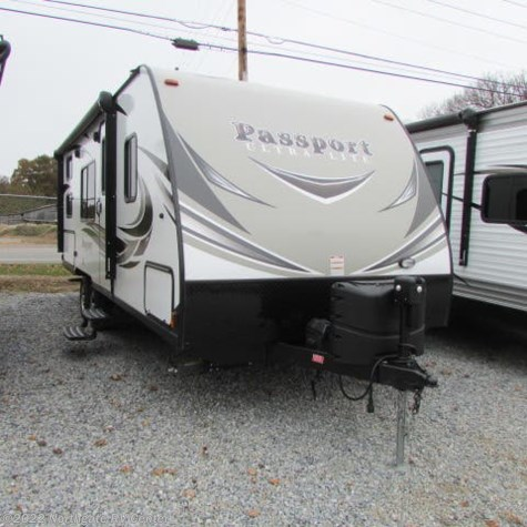 Used 2018 Keystone Passport Ultra Lite Express 239ML For Sale by Northgate RV Center available in Louisville, Tennessee