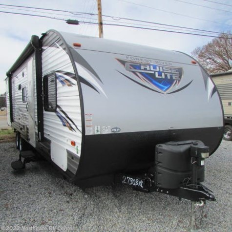 Used 2018 Forest River Salem Cruise Lite T273QBXL For Sale by Northgate RV Center available in Louisville, Tennessee