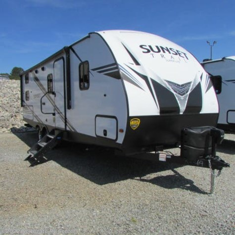 New 2019 CrossRoads Sunset Trail Super Lite SS242BH For Sale by Northgate RV Center available in Louisville, Tennessee