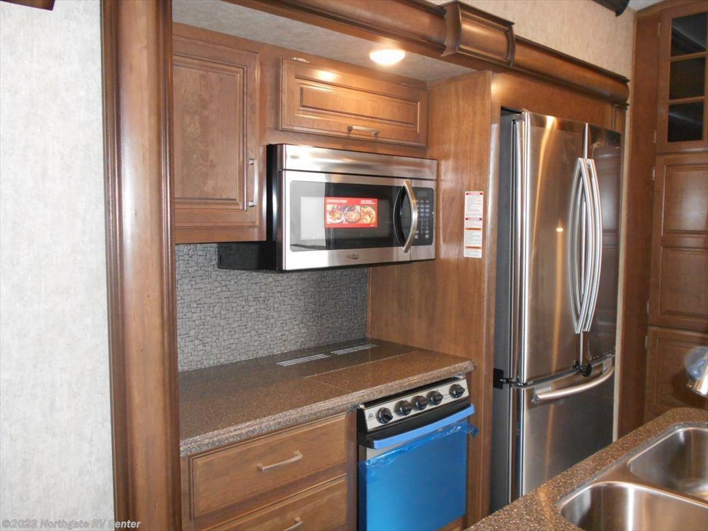 Elegant 2016 Keystone RV Montana 3661RL For Sale In Ringgold GA