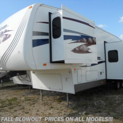 2008 Forest River Salem 346BHBS  - Fifth Wheel Used  in Greenleaf WI For Sale by Paul's Trailer & RV Center call 920-864-3400 today for more info.