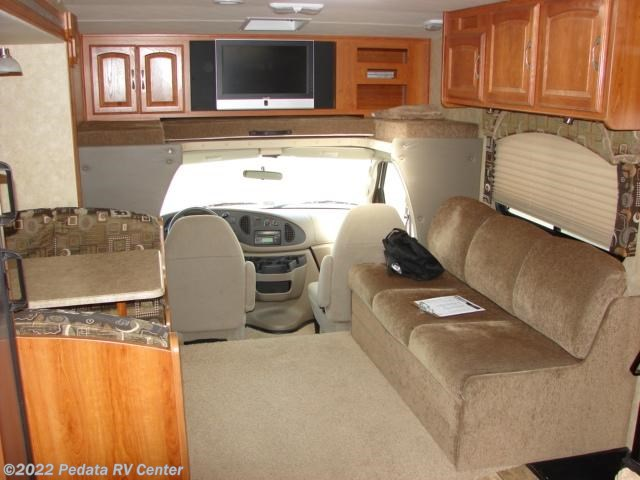 2008 Coachmen Rv Leprechaun 318ds 2 Slds For Sale In