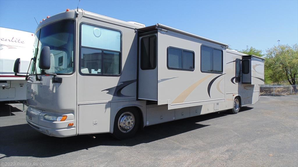 11300 used 2005 gulf stream crescendo 8408 w 4slds for Used diesel motor homes