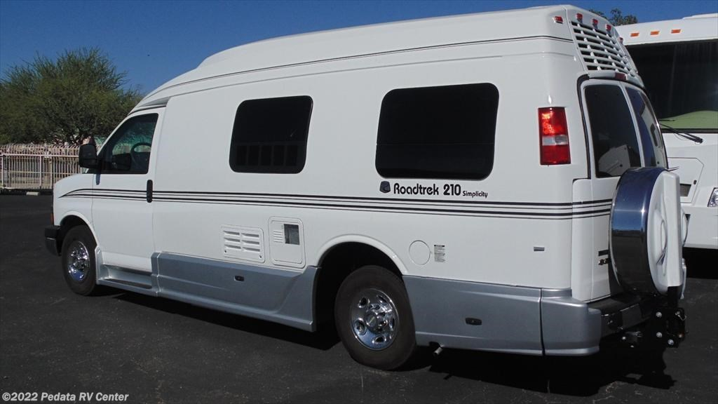 10819 Used 2012 Roadtrek 210 Simplicity Class B Rv For Sale