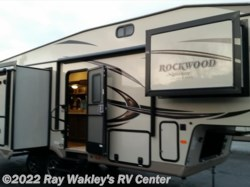 2016 Forest River Rockwood Signature Ultra Lite 8289WS