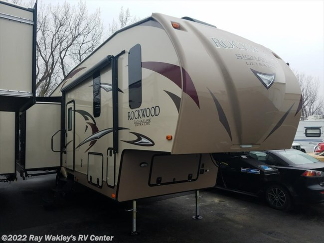 2017 Forest River Rockwood Signature Ultra Lite 8299BS