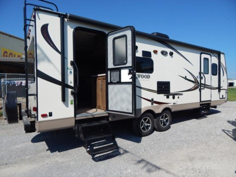 2016 Forest River Rockwood Signature Ultra Lite  2604WS