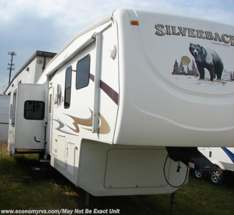 2009 Forest River Cedar Creek Silverback  30LSA