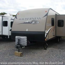 2014 Heartland RV Wilderness WD 2650BH  - Travel Trailer Used  in Mechanicsville MD For Sale by Economy RVs call 800-226-0226 today for more info.