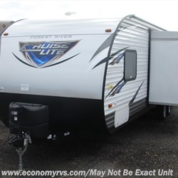 2017 Forest River Salem Cruise Lite T273QBXL  - Travel Trailer New  in Mechanicsville MD For Sale by Economy RVs call 800-226-0226 today for more info.