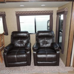 2- RECLINERS IN SUPER SLIDE