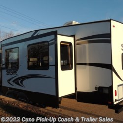 2017 Palomino Sabre 27BHD  - Fifth Wheel New  in Montgomery City MO For Sale by Cuno Pick-Up Coach & Trailer Sales call 800-281-2160 today for more info.