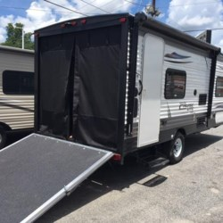 New 2018 Forest River Salem Cruise Lite 180RT For Sale by COLUMBUS CAMPER & MARINE CENTER available in Columbus, Georgia