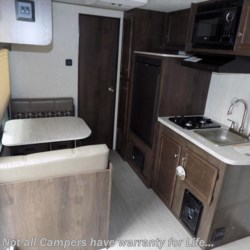 2018 Starcraft Launch Outfitter 7 17QB  - Travel Trailer New  in Columbus GA For Sale by COLUMBUS CAMPER & MARINE CENTER call 706-309-1767 today for more info.