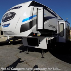 New 2018 Forest River Cherokee Arctic Wolf 305ML For Sale by COLUMBUS CAMPER & MARINE CENTER available in Columbus, Georgia