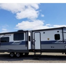 New 2018 CrossRoads Zinger 333DB For Sale by COLUMBUS CAMPER & MARINE CENTER available in Columbus, Georgia