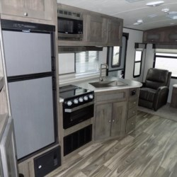 2018 Cruiser RV MPG 2650RL  - Travel Trailer New  in Columbus GA For Sale by COLUMBUS CAMPER & MARINE CENTER call 706-309-1767 today for more info.