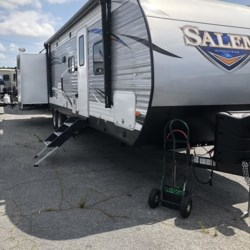 New 2018 Forest River Salem 31KQBTS For Sale by COLUMBUS CAMPER & MARINE CENTER available in Columbus, Georgia