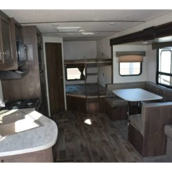 2018 Starcraft Autumn Ridge Outfitter 27BHS  - Travel Trailer New  in Columbus GA For Sale by COLUMBUS CAMPER & MARINE CENTER call 706-309-1767 today for more info.