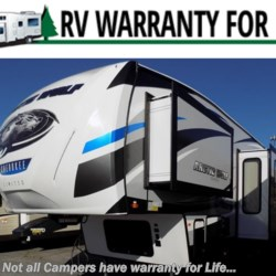 New 2019 Forest River Cherokee Arctic Wolf 305ML For Sale by COLUMBUS CAMPER & MARINE CENTER available in Columbus, Georgia