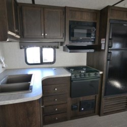 2019 Starcraft Launch Outfitter 283BH  - Travel Trailer New  in Columbus GA For Sale by COLUMBUS CAMPER & MARINE CENTER call 706-309-1767 today for more info.